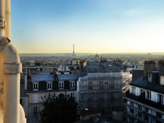 Incredible Eiffel Tower & Montmartre views!