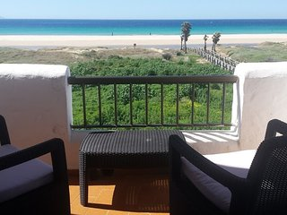 First line beach apartment Badra. 3 bedrooms and 2 bathroom sea views