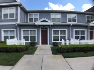 Beautiful Townhouse next to the Orlando team parks