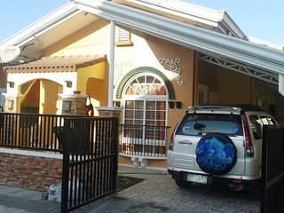 Panglao Island 'Paradise Cottage' Secure Tropical Island Family Living.