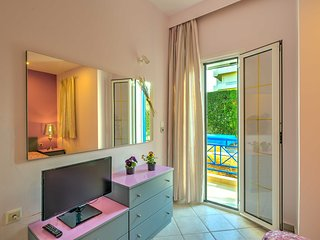 COZY APARTMENT-HERAKLION CRETA-3