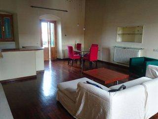 Appartamento posizione strategica vicinissimo al mare con 4+1 posti letto..
