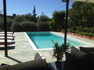 3 Bedroom Villa with Private Pool, Saronida, Athens Rivera