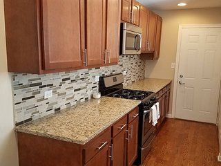 Completely Remodeled 3-Bedroom House!, Wheeling