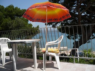 Apartment - 200 m from the beach, Betina