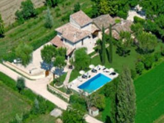 I Terzieri Country House: Casale in Umbria con piscina e idromassaggio, vacation rental in Labro