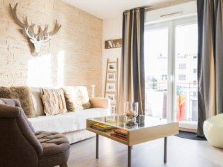 CENTRE bord Erdre gd, ensoleillé & calme 6 places (2 chambres )