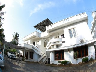 Deluxe villa At Cochin