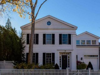 Luxurious In-town Edgartown Colonial