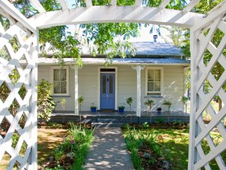 Lavender Cottage Guest House - 2 bedroom cottage