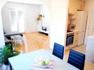 Holiday apartment near Split with swimming pool
