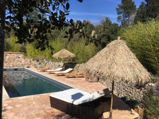 Luxury stone cottage, heated private pool, AC