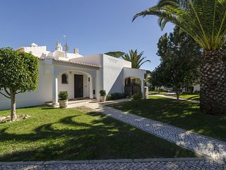 Villa Palmeira V2 close to the beach