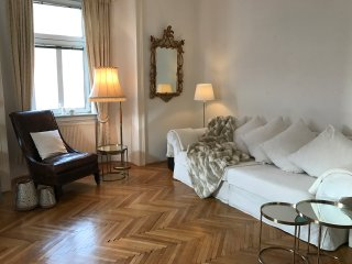 Elegant 70 m2 Apartment near Belvedere Palace in heart of Vienna