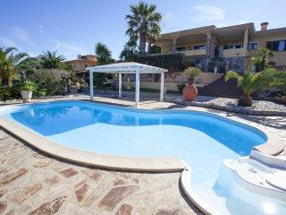 Villa in Porto San Paolo con piscina privata e idromassaggio