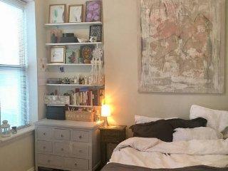 Cute apartment in Chelsea