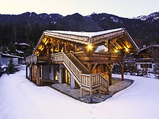 Stay at Chalet Les Praz with 'Very Good' Property Manager 4.5/5