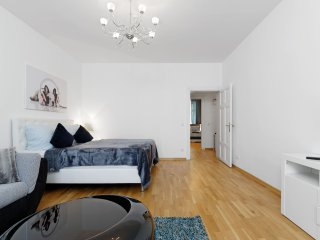 Beautiful cozy apt. Heart of Berlin Mitte Center