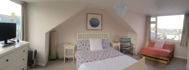 Large Bedroom with Double Bed (Bedroom 2)