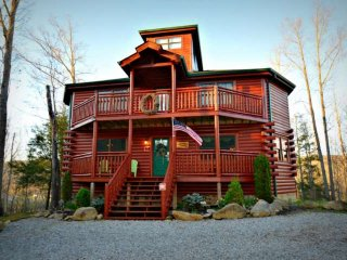 Cabin w/ Private Indoor Pool, Family Getaway, Theater Room, Pool Table, Hot Tub!