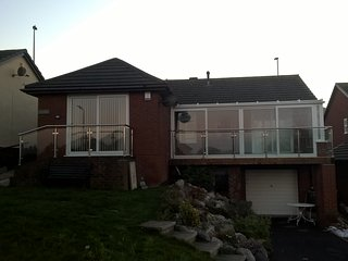 HOLLIES & BERRIES DEGANWY BUNGALOWS  Book now