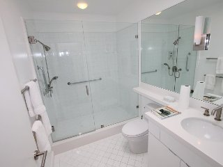 Modern Luxury 2 Bed, West Hollywood