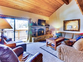 Updated condo with great views of the ski slopes - shared hot tub/sauna!