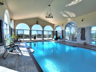 Magnificent Villa with breathtaking views!, Abercorn