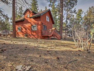 NEW! 2BR Sugarloaf Cabin - 5 Miles from Ski Lifts!