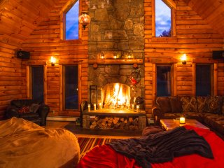 Minutes from Killington + Okemo + Woodstock, VT come and experience The Cabin