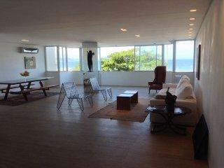 Apartamento de luxo , clean , confortavel e com uma deslumbrante vista mar !