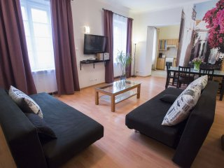M4 apartment in Stare Miasto with WiFi & airconditioning., Warsaw