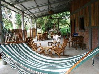Thrue family hostel, Hospedaje La Penita 1