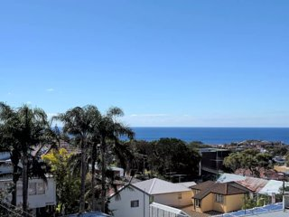Ocean View apartment, Bright and renovated