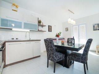 Apartments Franovic - Quadruple Studio with Sea View A, Petrovac