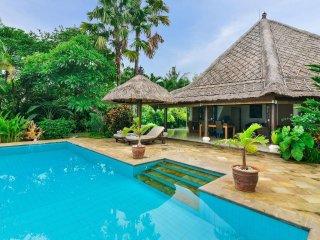 Bali Sea Villa - Villa Frangipani