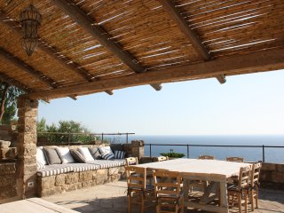 Beautiful Villa Sea View with Jacuzzi - 5 stars holidays