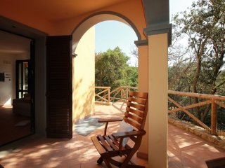 Villetta a schiera con giardino e posto auto a 600mt dal mare