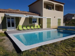 Villa in Beautiful location overlooking vineyards, Olonzac