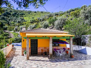 BEAUTIFUL SPANISH FINCA 2 BEDROOMS, Torrox