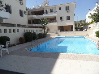New Low Prices Nice Mediterranean Holiday 1 bedroom + airport transport from/to, Oroklini