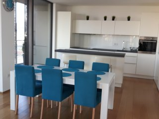 Tilia Stay Grand Apartment