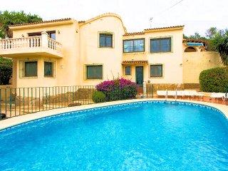 Tallakim 3, 3 Bedroom Villa, Walking Distance of Town and Beach
