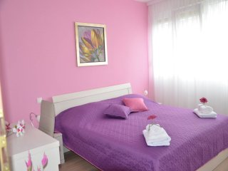Apartment Gundul - Two-Bedroom Apartment with Balcony and City View, Spalato