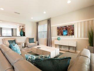 EC122 - 6 Bedroom Luxury Pool Home at Encore