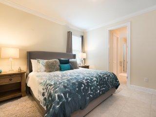 EC129- 7 Bedroom Modern Villa