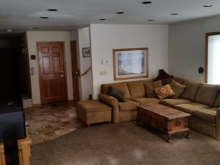 3-4 Bedrooms Avail. 4Bdr Vail Condo