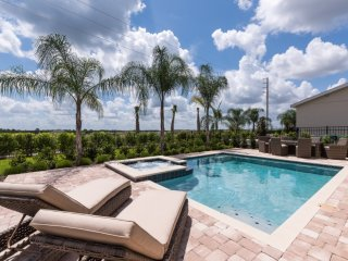 EC058- 6 Bedroom Home With Pool Deck at Encore