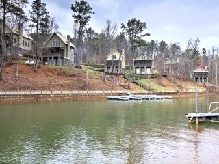 NEW! 3BR Dadeville 'The Martin Lake House' w/Wifi!