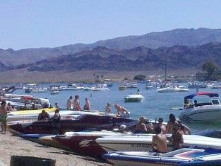 Queens Bay Condo by the Lake!, Lake Havasu City
